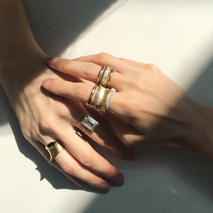 Golden Rings[ SHOP BY LOOK ]